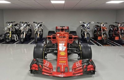 Ferrari sorprende a Kimi Räikkönen