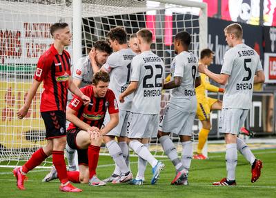 El Leverkusen festeja en casa de Friburgo y se mete a zona de Champions