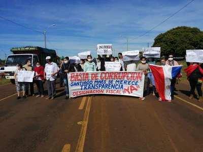 Santiagueños cerraron ruta exigiendo transparencia en la Municipalidad y piden designación fiscal para investigar al intendente