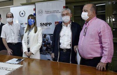 Empresarios exigen más controles a los informales para evitar contagios