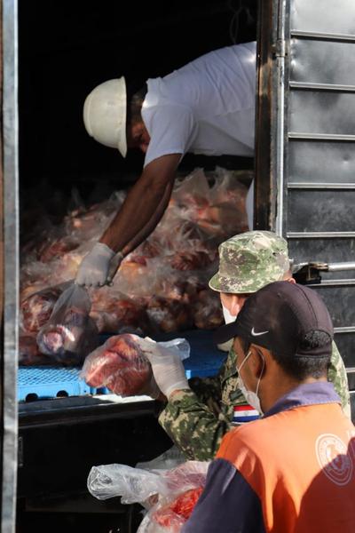 Ganaderos se unen y donan carne a familias afectadas por el covid-19