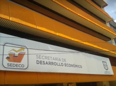 Comisión de Emergencia de Padres del Colegio Salesianio acuden a Sedeco para intermediación
