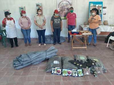 Continúan con la entrega de semillas para huertas familiares en Boquerón