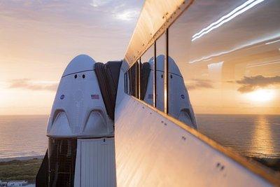 ¡Es hoy, es hoy! SpaceX lanzará su primera nave tripulada al espacio