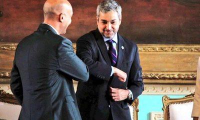 Abdo Benítez se niega a asistir a convocatoria del Senado y pone a disposición a sus ministros – Diario TNPRESS