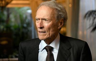Clint Eastwood cumple 90 años y ni considera aún su retiro