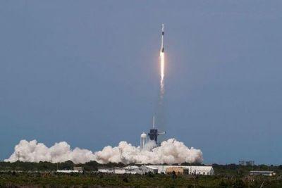 NASA reanuda vuelos espaciales con humanos desde EEUU con histórico lanzamiento de SpaceX