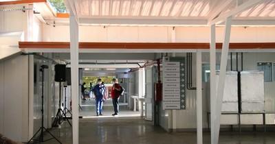 Covid 19: 10 enfermeros fueron a cuarentena en Hospital Nacional