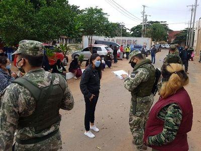 Doscientas personas visitan a sus familiares en Tacumbú este domingo
