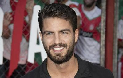 El conocido actor español Maxi Iglesias por Arte y Espectáculos