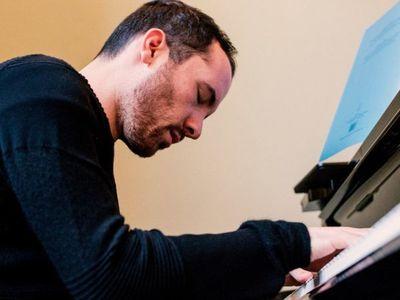 Pianista alemán da concierto de 20 horas por crisis del coronavirus