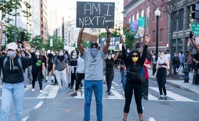HOY / Sigue la violencia en las calles de EEUU y Trump culpa a la extrema izquierda