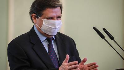 El ministro del interior se pronunció ante el caso del niño baleado por policías