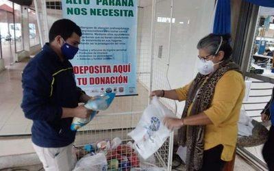 Clientes solidarios dejan aportes para albergue prehospitalario COVID-19