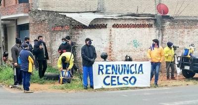 HOY / Fuga masiva de directivos en Luqueño