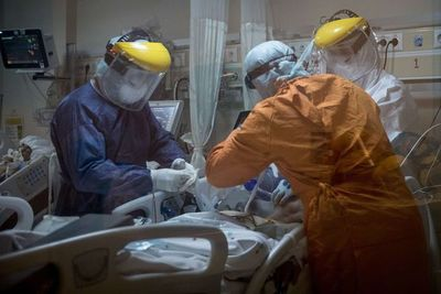 Descontrol ciudadano podría colapsar hospitales, advierte titular del Ineram