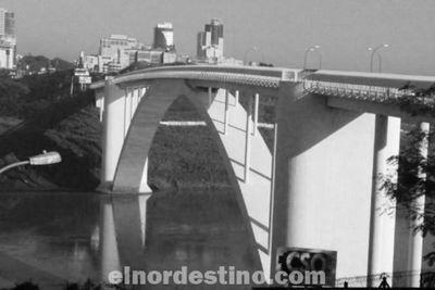 La idea del Dr. Mariano Nívoli está siendo considerada para reabrir el Puente de la Amistad; ¿se aplicará en nuestra frontera?