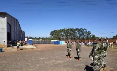 HOY / Más de 200 personas están en la mira tras contagio masivo iniciado por militar