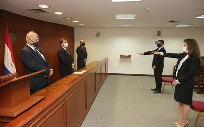 Jura como agente fiscal  hermano de diputado  Manuel Trinidad – Diario TNPRESS