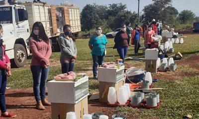 Clementino promueve producción de aves y huertas familiares con vecinos de Minga Porã – Diario TNPRESS
