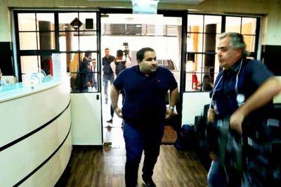 Caso Ronaldinho: Gestores rompen el silencio y apuntan a altas autoridades