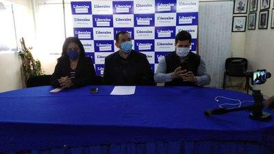 Dirigentes del PLRA expresan apoyo a gestión de Efraín Alegre y denuncian persecución