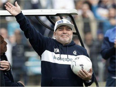 La continuidad de Maradona en Gimnasia está en riesgo