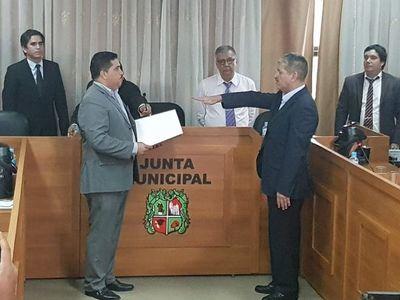 """Diputado denuncia """"plazas de oro"""" en San Lorenzo y pide cabeza del intendente"""