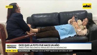 Directora del SNPP reconoce masajes en su despacho
