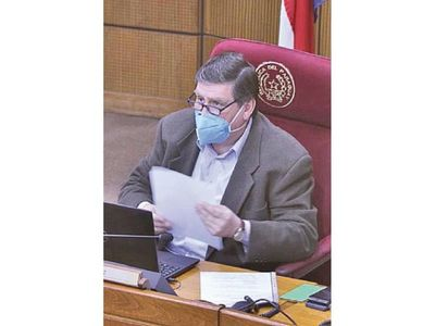 Con apoyo de su bloque, Llano aspira mantenerse en el cargo