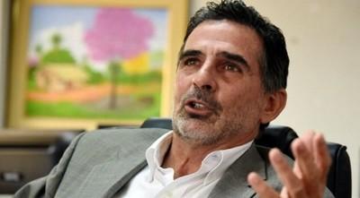 Fundador de Patria Querida sancionado por groseras transgresiones a ley de bancos