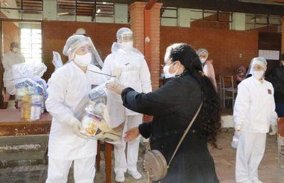 Continúa la entrega de kits de alimentos a instituciones educativas de la Capital