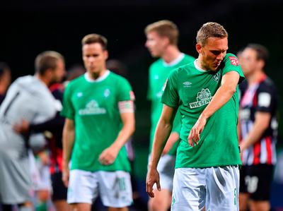 Werder Bremen cae a zona de descenso tras perder con el Frankfurt