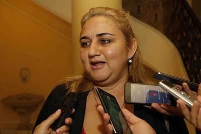 """Quiindy: Ciudadanos se manifestarán contra la """"intendenta vaka'i"""""""