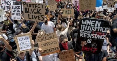 Recuerdo de los disturbios raciales aflora con protestas en Los Ángeles