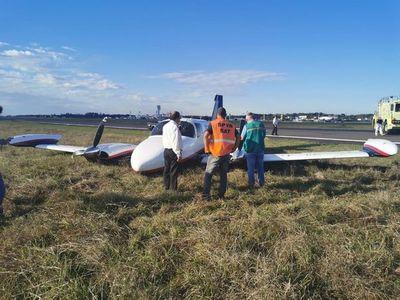 Aterrizaje accidentado de una avioneta en el Silvio Pettirossi