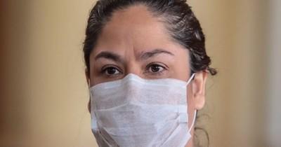 Salud distribuyó tapabocas vencidos donados por ex presidenta de Petropar