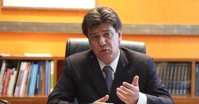 Efraín Alegre deberá enfrentar a la Justicia por las facturas clonadas