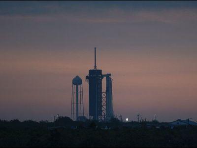 SpaceX envía otra tanda de satélites al espacio tras histórico lanzamiento