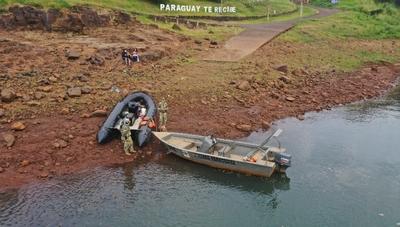 Dos jóvenes siguen desaparecidos en aguas del Paraná