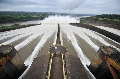 Itaipú transfirió US$ 214,8 millones al Estado en lo que va del año