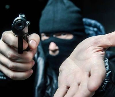Violento asalto con toma de rehenes en Ñemby