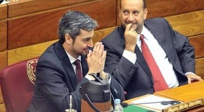 """HOY / """"Cachito"""" Salomón, nuevo presidente del Senado"""