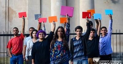 Universitarios exigen subsidio estudiantil