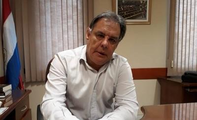 HOY / Senador Hugo Richer, dijo que realmente se debería debatir el rol de la oposición