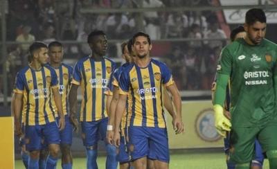 HOY / Luqueño y General Díaz ponen en riesgo la vuelta del fútbol