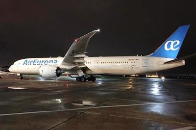 Otros 337 compatriotas llegaron de Europa • Luque Noticias