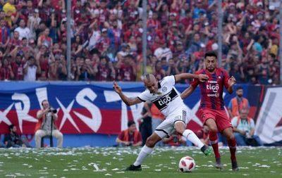 Tigo plantea quedarse con derechos del fútbol por tres años más