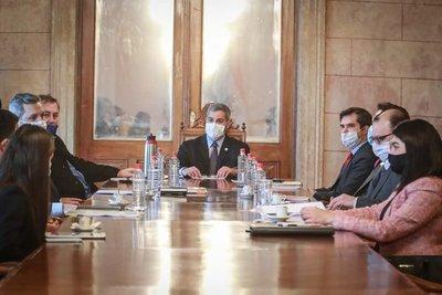 Gobierno paraguayo propone un plan de recuperación de unos US$ 2.000 millones