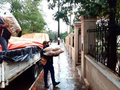 Central: SEN entrega alimentos para ollas populares